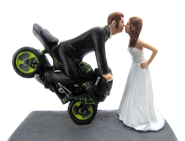 funny-motorcycle-wedding-cake-toppers1